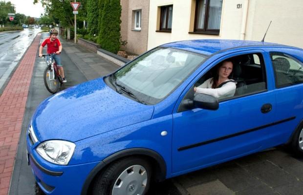 Ratgeber Radelnde Schulkinder - Vorsicht vor Verkehrsanfänger