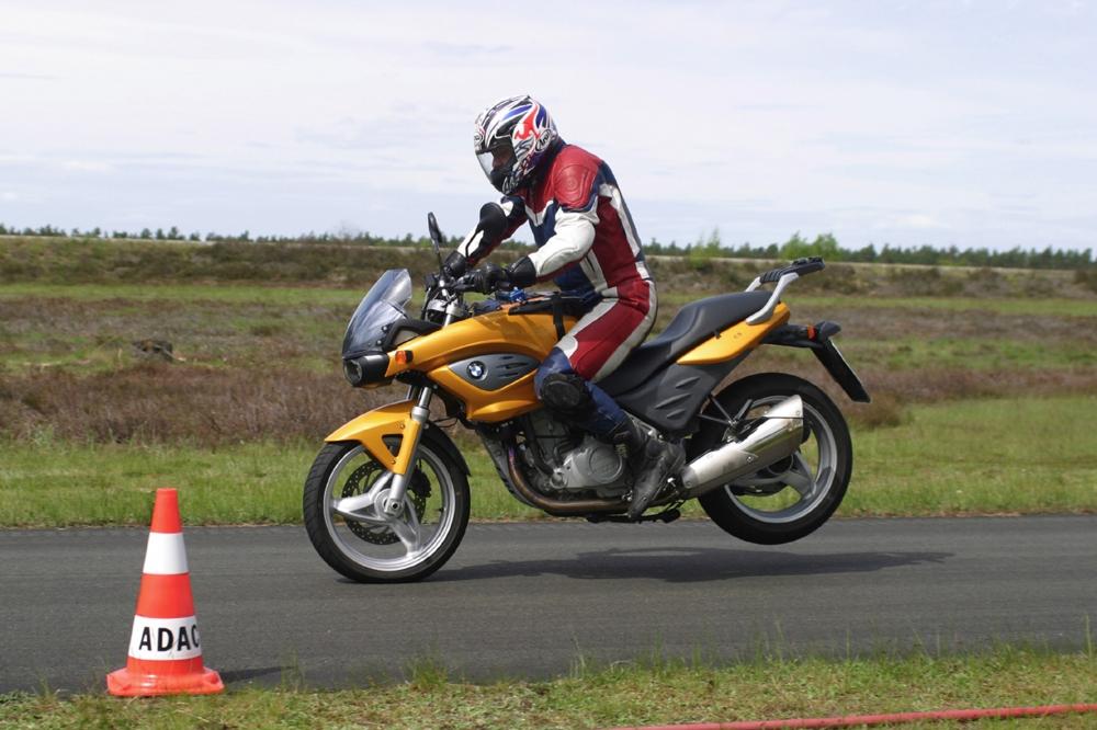 Sicherheitssysteme in Motorrädern - Noch nicht auf Pkw-Niveau