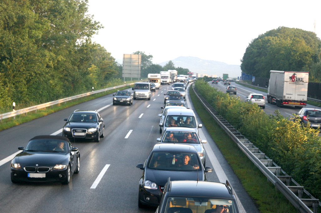Stauprognose: Rückreisewelle bremst den Verkehr