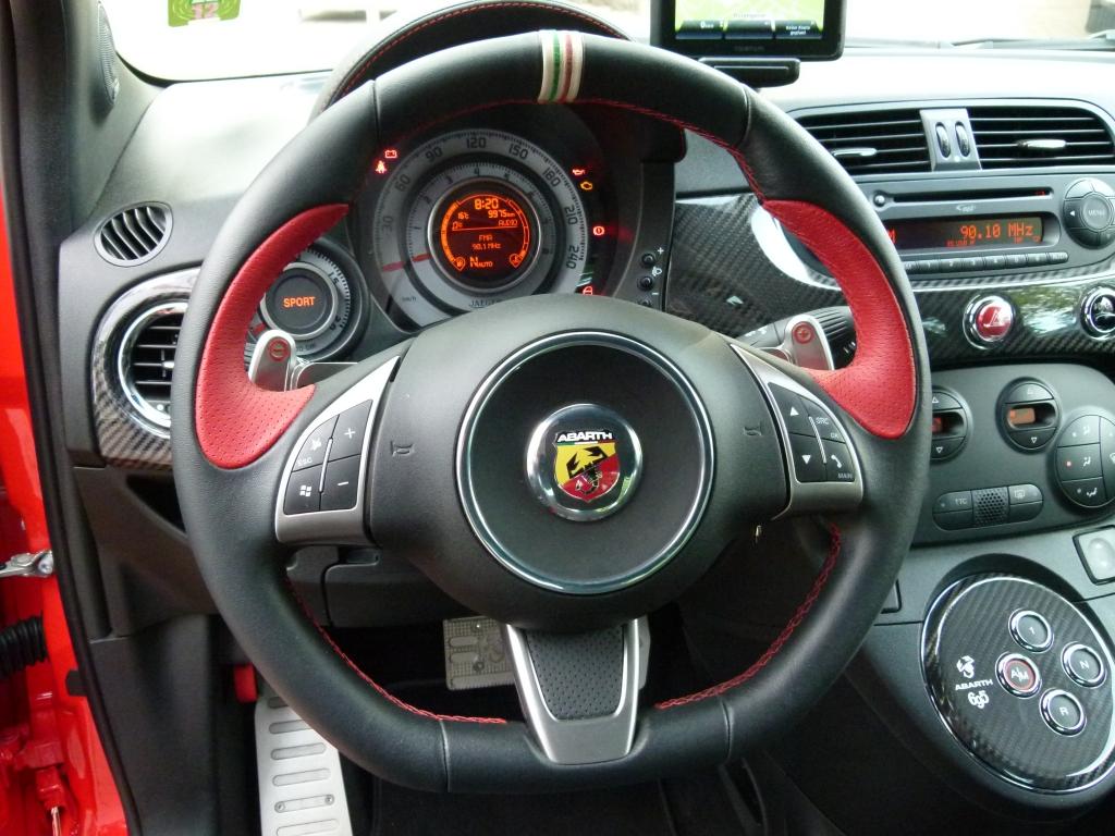 Test Abarth 695 Tributo Ferrari –  Der schnellste Fiat 500 aller Zeiten