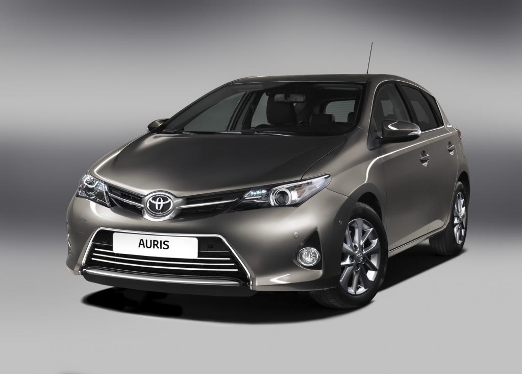 Toyota Auris: Weltpremiere in Paris