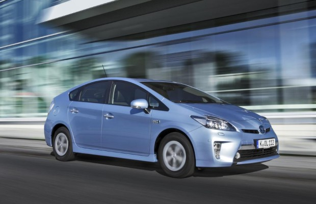 Toyota Prius Plug-in - Voll verkabelt