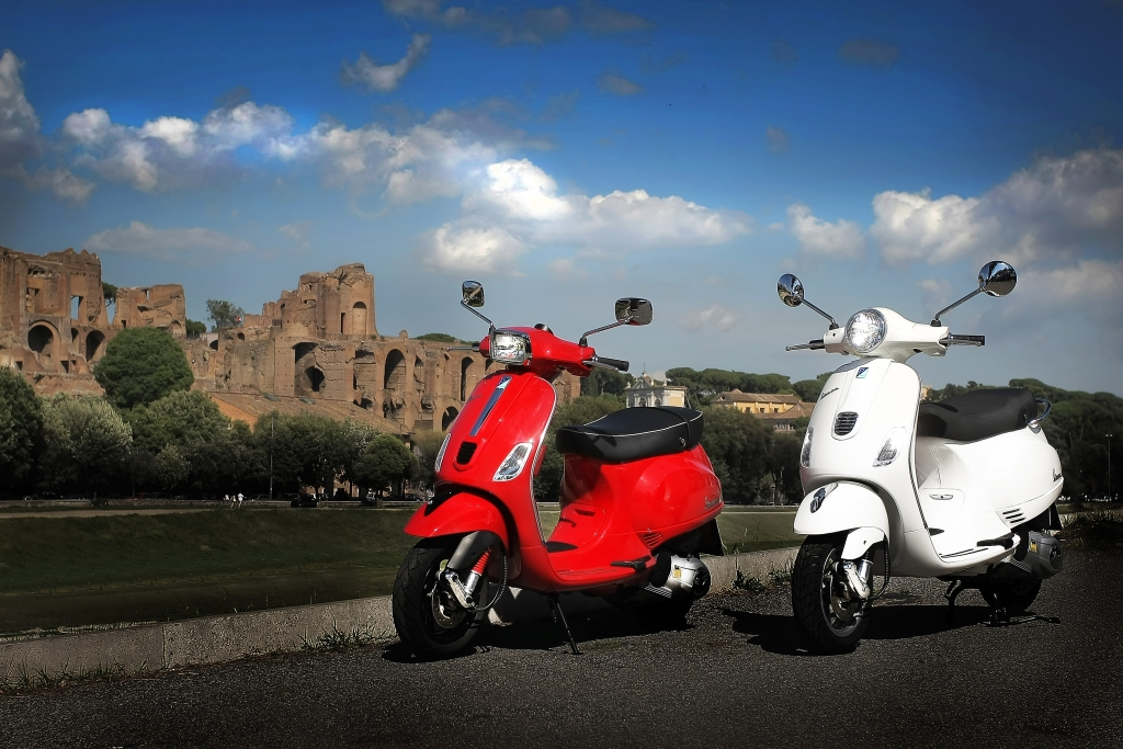 Vespa LX und Vespa S mit neuem 3-Ventil-Motor