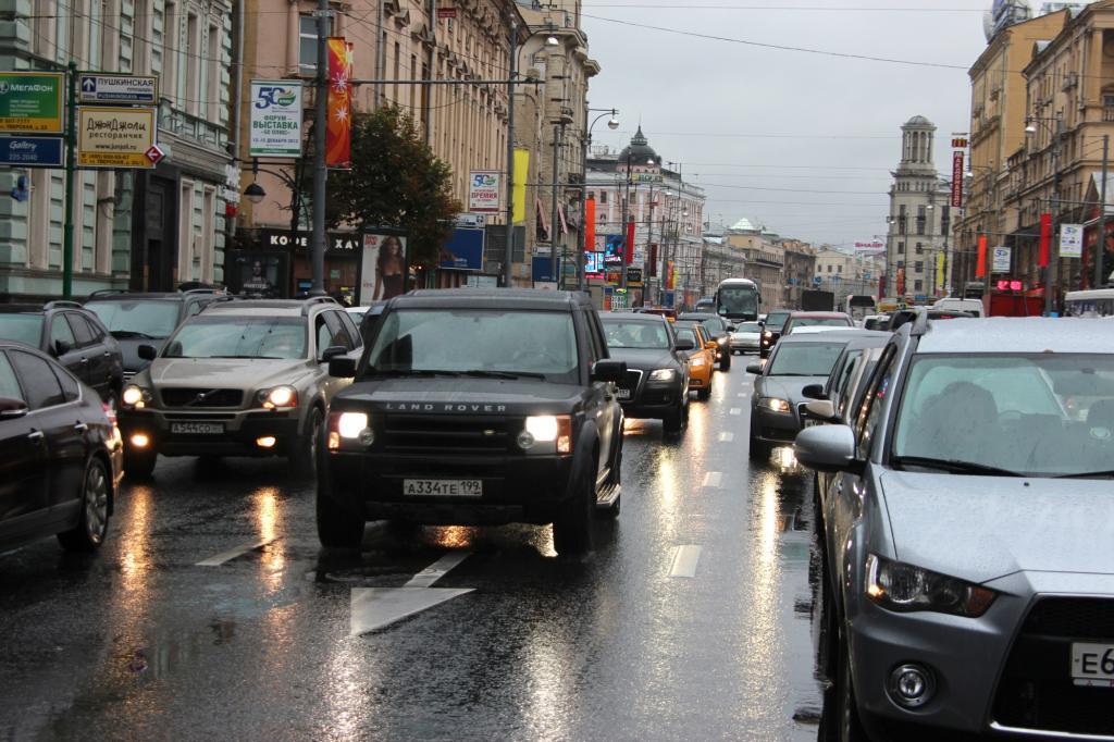Wegen der schlechten Straßen sind Geländewagen besonders beliebt