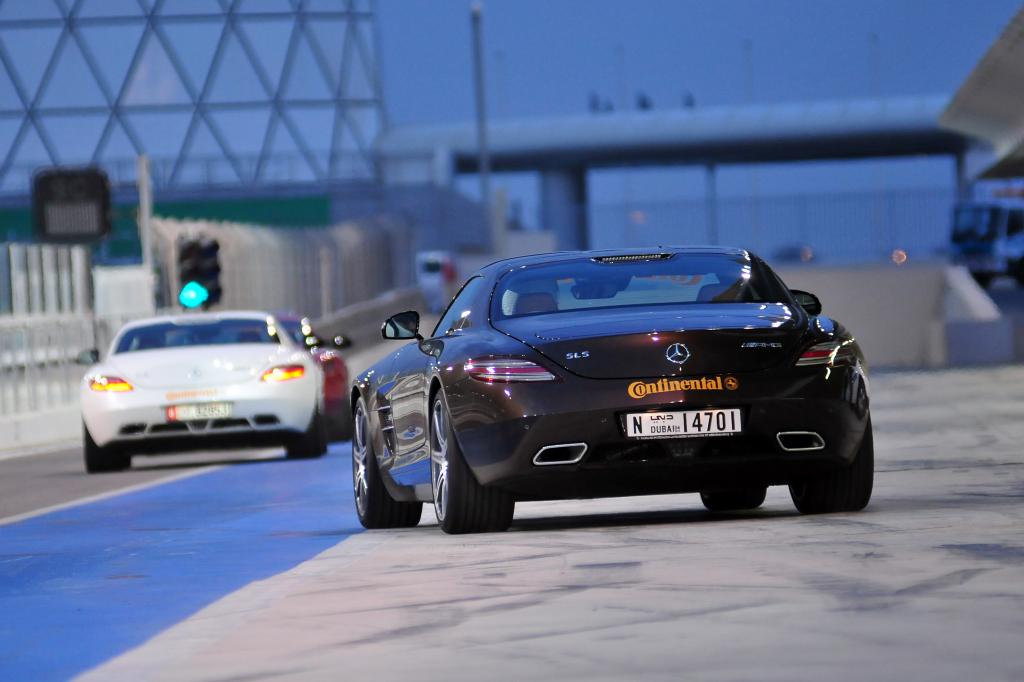 AMG: Exklusive Power-Drifts im Morgenland