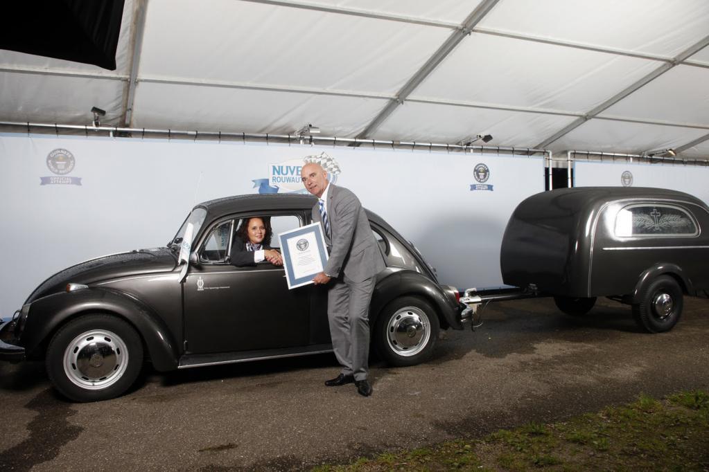 Bestattungskonvoi im Guinness Buch der Rekorde