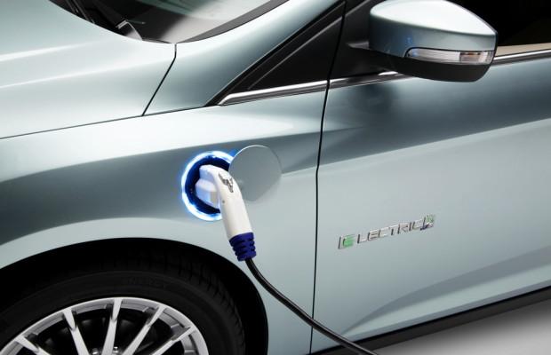Ford Focus Electric spornt mit Schmetterlingen zu effizienter Fahrweise an