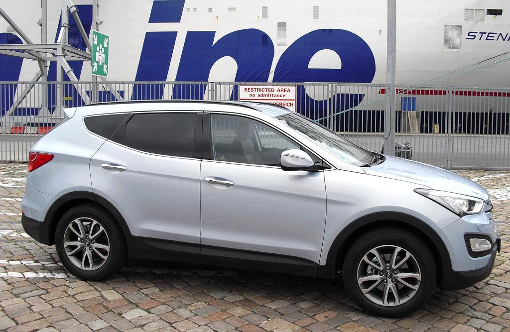 Hyundai Santa Fe: Und so sieht der Sportsroader der Koreaner von der Seite aus.