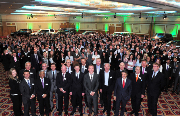 Jaguar und Land Rover begrüßen Hochschulabsolventen