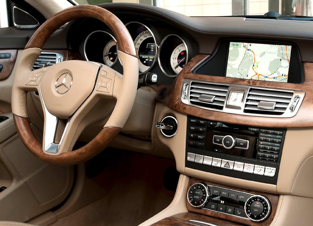 Mercedes CLS Shooting Brake: Blick ins Cockpit.