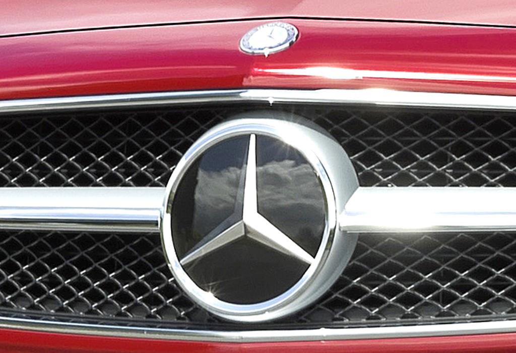 Mercedes CLS Shooting Brake: Der Markenstern prangt vorn groß im Kühlergrill.