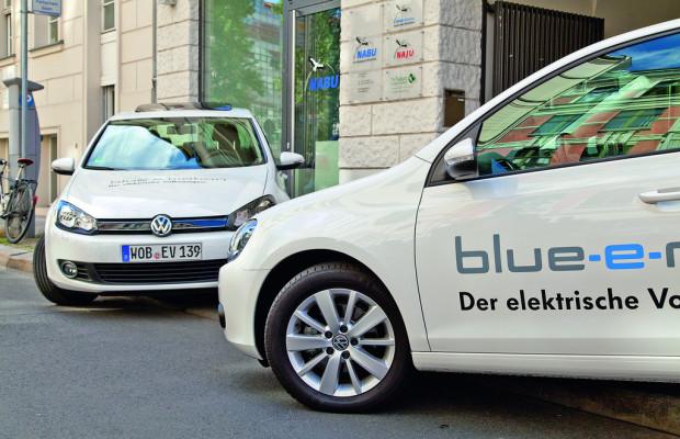 Naturschutzbund fährt VW Golf Blue-e-Motion