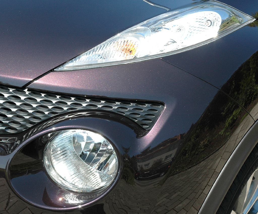 Nissan Juke: Moderne Leuchteinheit vorn.