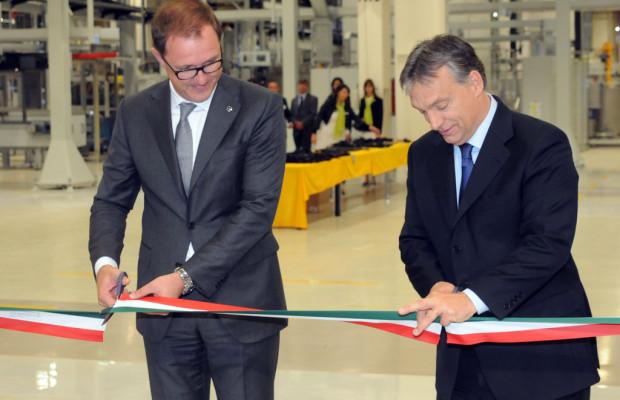 Opel eröffnet Motorenwerk in Ungarn