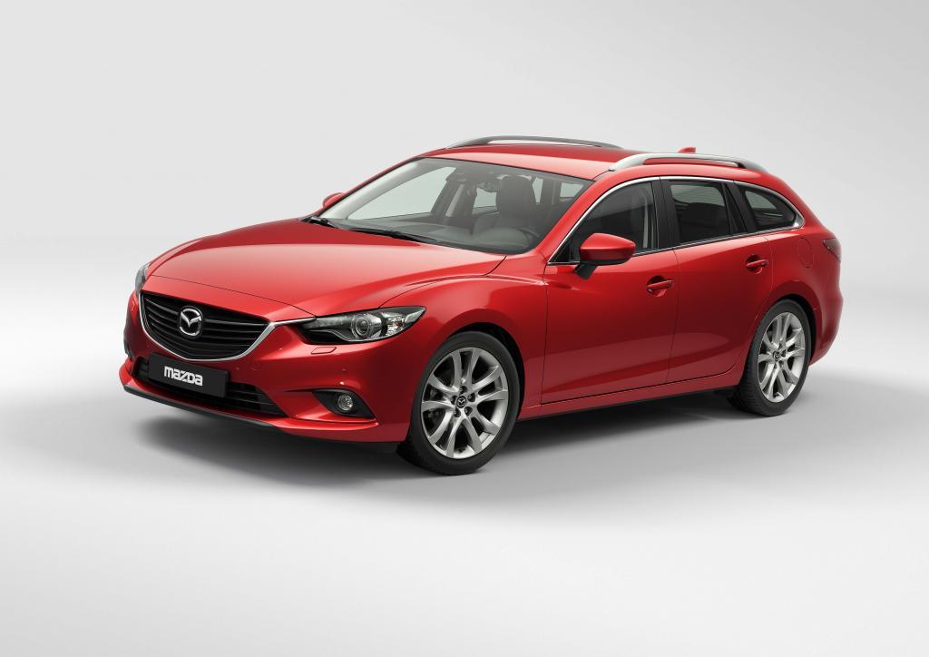Pairs 2012: Mazda6 im Premierenfieber