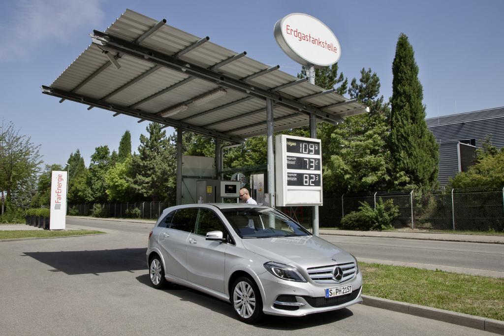Paris 2012: Mercedes B200 Natural Gas Drive - Günstig Gas geben