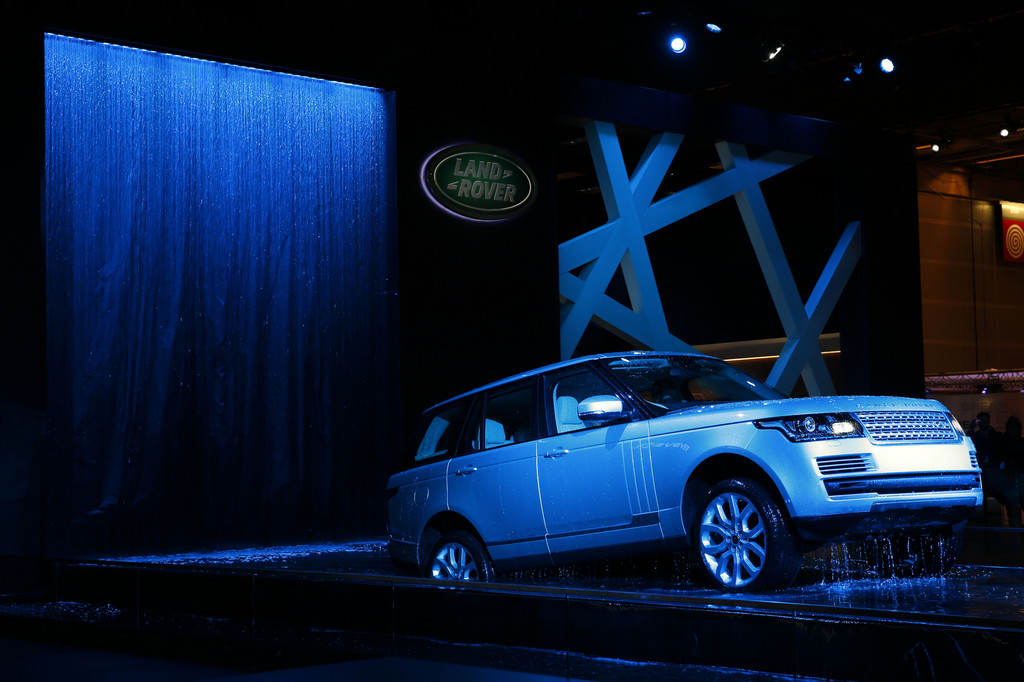 Paris 2012: Neuer Range Rover gibt sein Publikumsdebüt