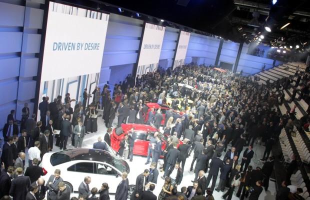 Paris 2012: Volkswagen lud schon am Vorabend zur Schau ein