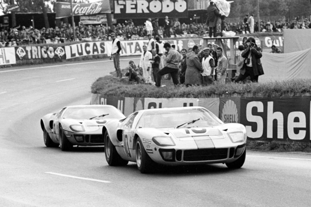 Platz 10: Ford GT 40 Jahr 1966