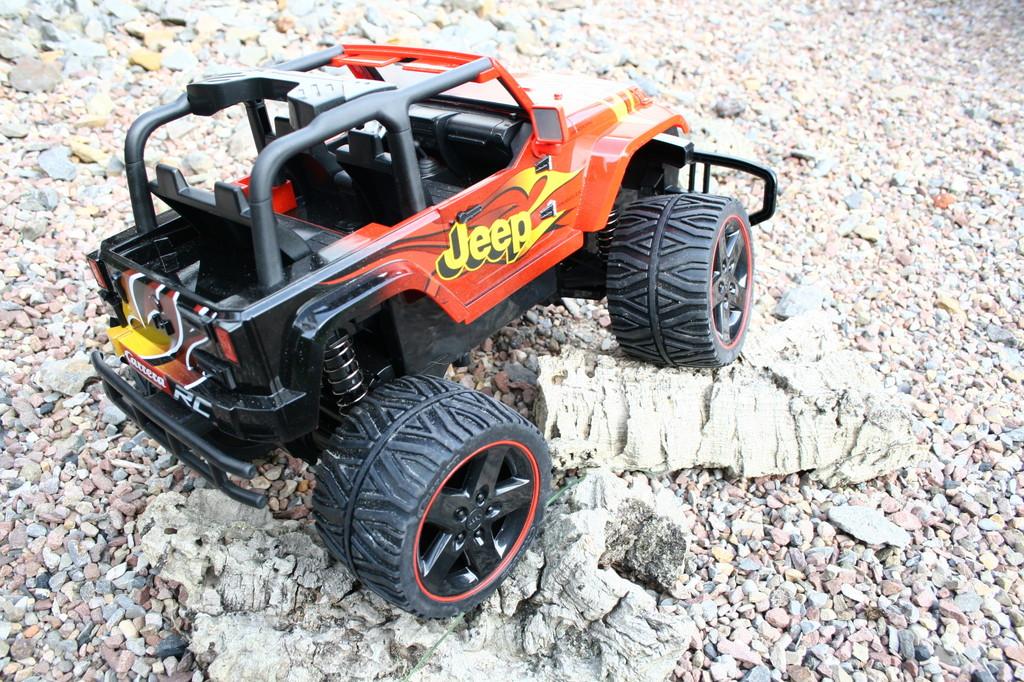 Produktvorstellung: Mit Carrera und dem Jeep Wrangler ins Gelände