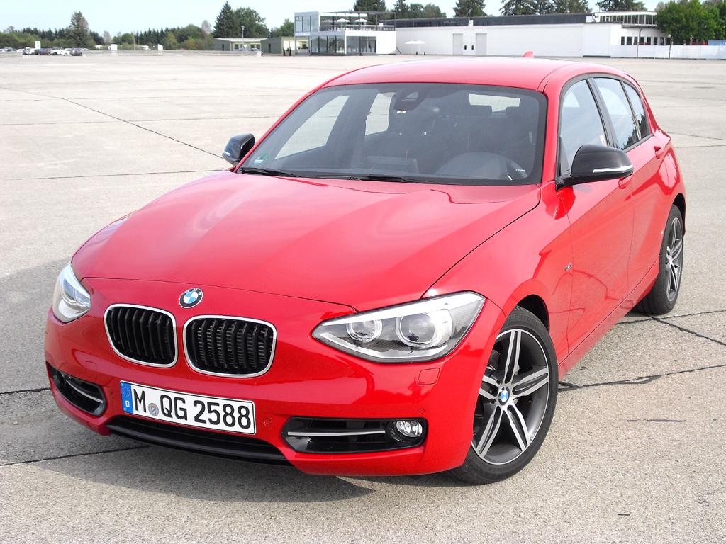 Prototyp mit neuem Dreizylinder: BMW 1er, hier als Fünftürer.