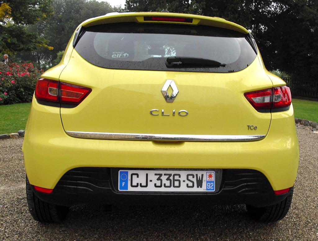 Renault Clio: Blick auf die Heckpartie.
