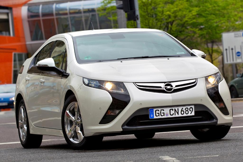 Umfrage: Zukunft des Elektroautos - Range Extender sticht Batterie aus
