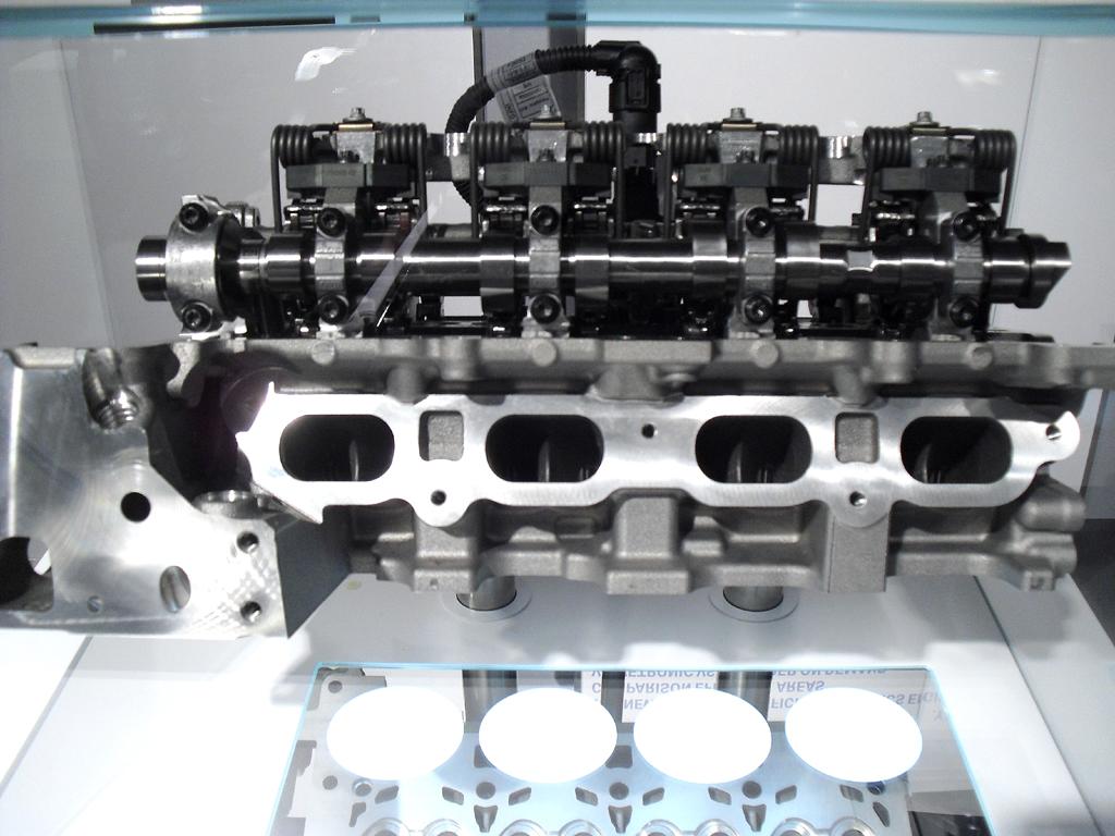 Wichtiger Baustein der BMW-Motorentechnologie ist die variable Valvetronic-Ventilsteuerung.