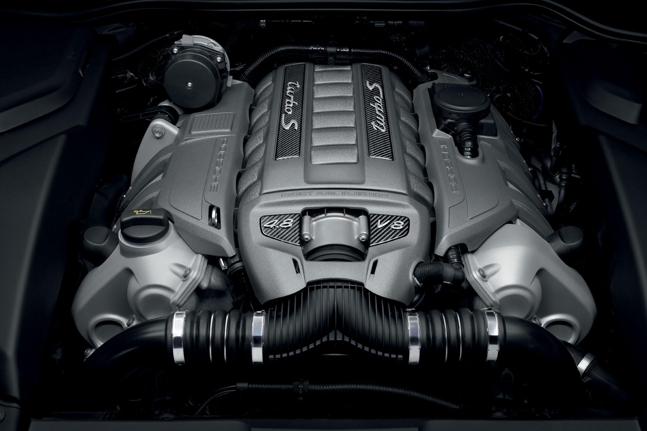 Der V8 verfügt über 4,8 Liter Hubraum
