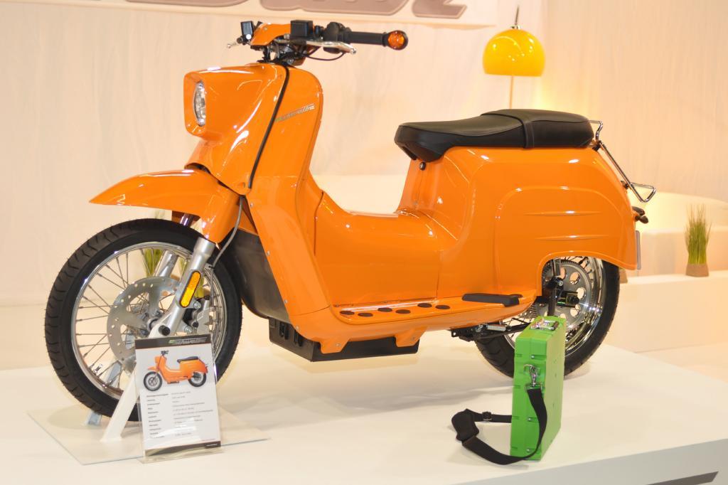 Elektromotorräder auf der Intermot 2012 - Lautlos Spaß haben