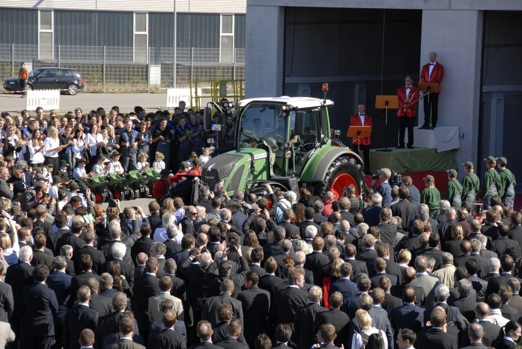 Fendt/AGCO eröffnet neues Traktorenwerk