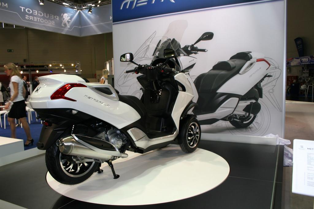 Intermot 2012: Peugeot stößt in die dritte Dimension vor