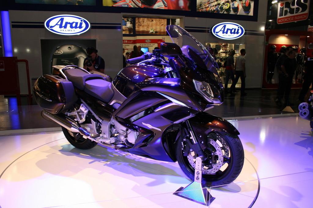 Intermot 2012: Yamaha FJR 1300 mit neuer Motor- und Fahrwerkstechnik