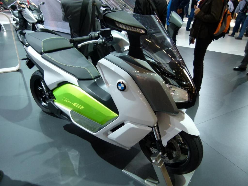 Intermot Köln 2012: Alternative Antriebe – Elektrobikes und Scooter