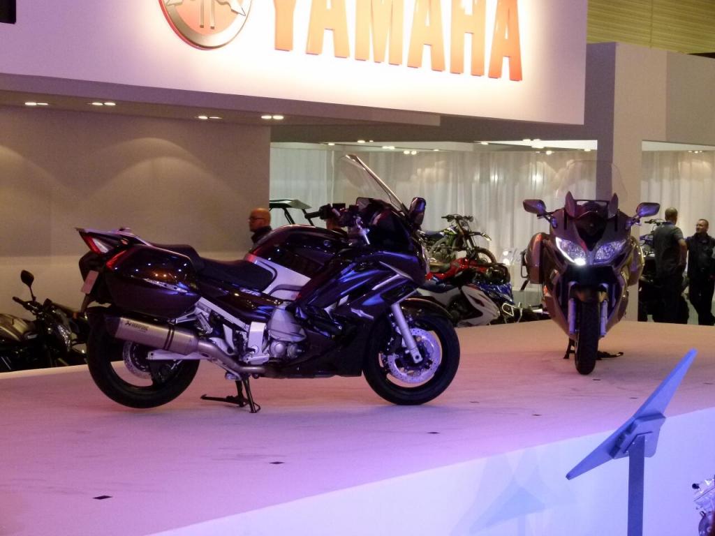 Intermot Köln 2012: Premierenfeuerwerk auf der Motorradmesse