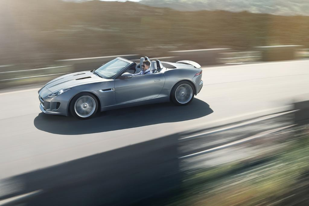 Jaguar lässt den F-Type von der Leine
