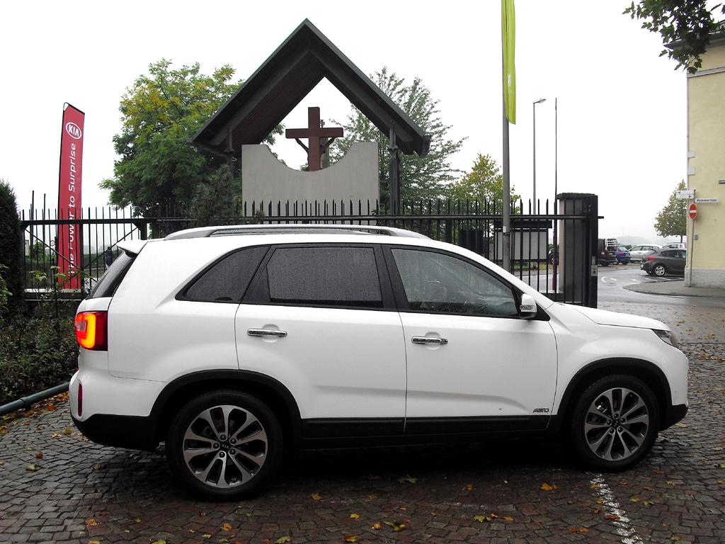 Kia Sorento: Und so sieht das große SUV-Modell der Koreaner von der Seite aus.