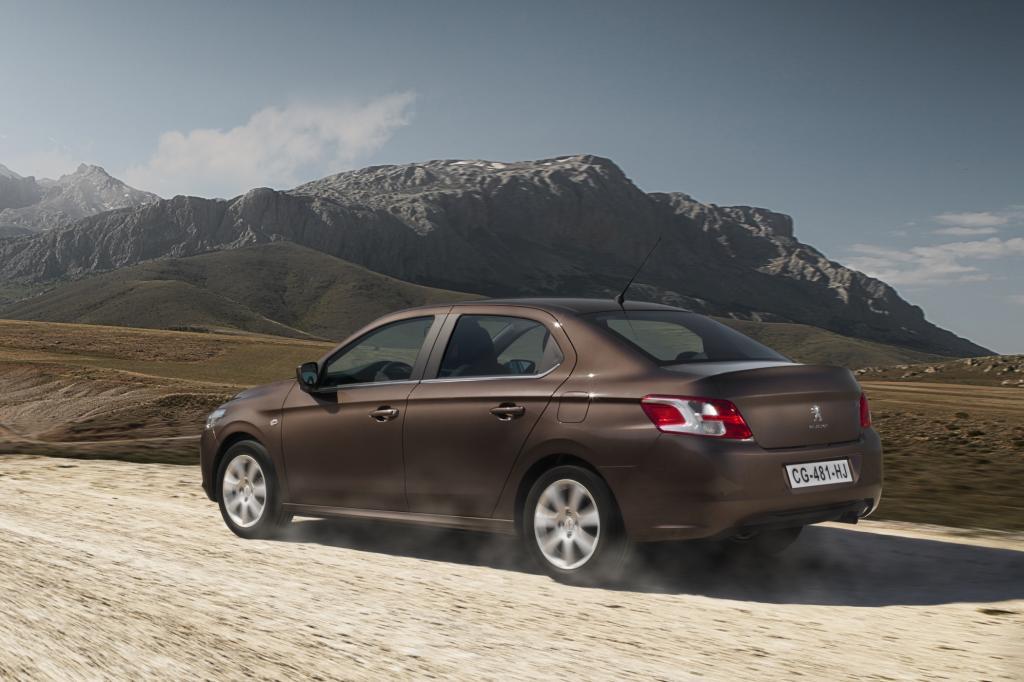Peugeot 301 Jahr 2012
