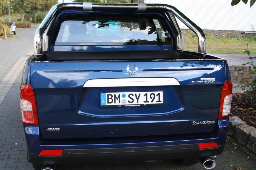 Preislich startet der Pick-Up mit Heckantrieb bei 19.990 Euro