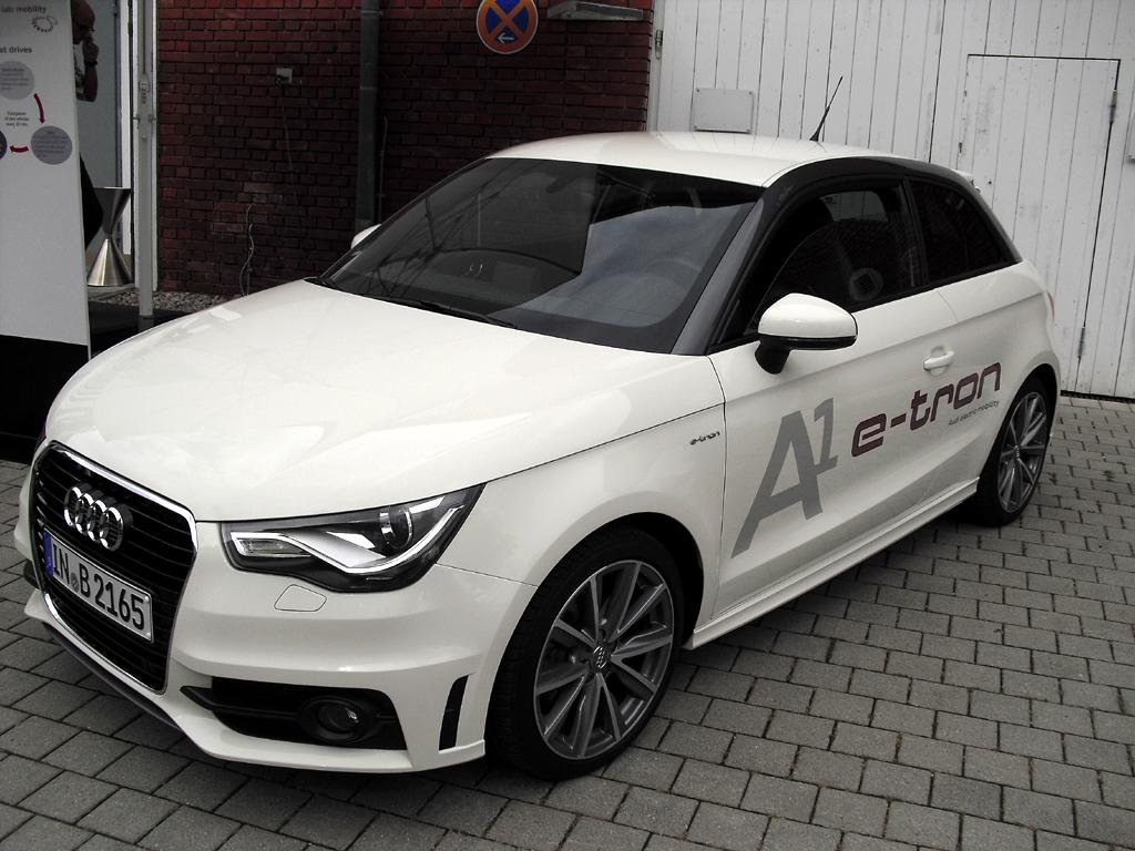 Realistischer Antrieb: Prototyp A1 e-tron als Dual-Mode-Hybrid.