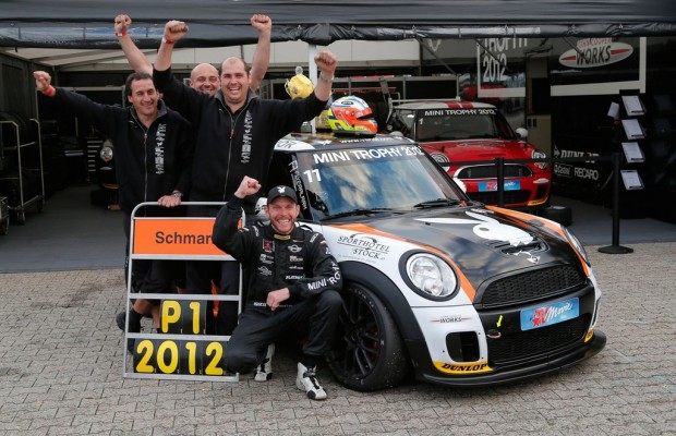 Schmarl gewinnt Mini Trophy 2012