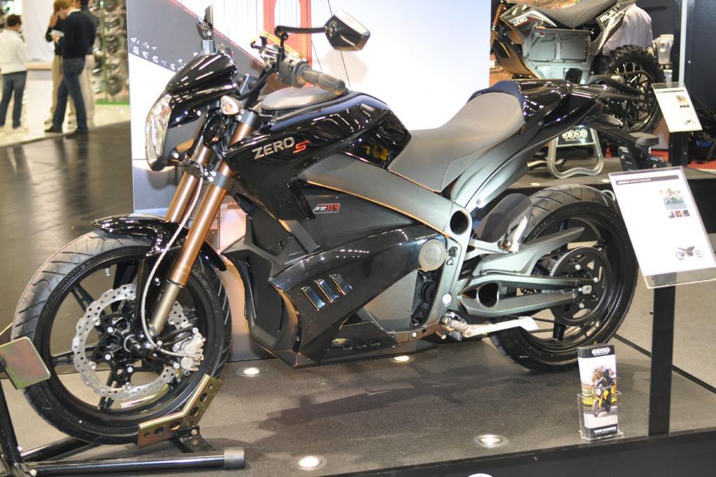 Spitzenmodell ist die S ZF 11.4 mit 40 kW/54 PS, die eine Höchstgeschwindigkeit von 154 km/h erlaubt