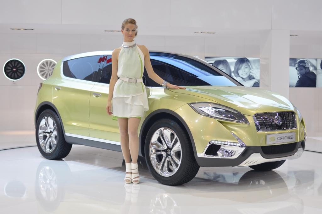 Suzuki stellt in Paris die Studie S-Cross vor