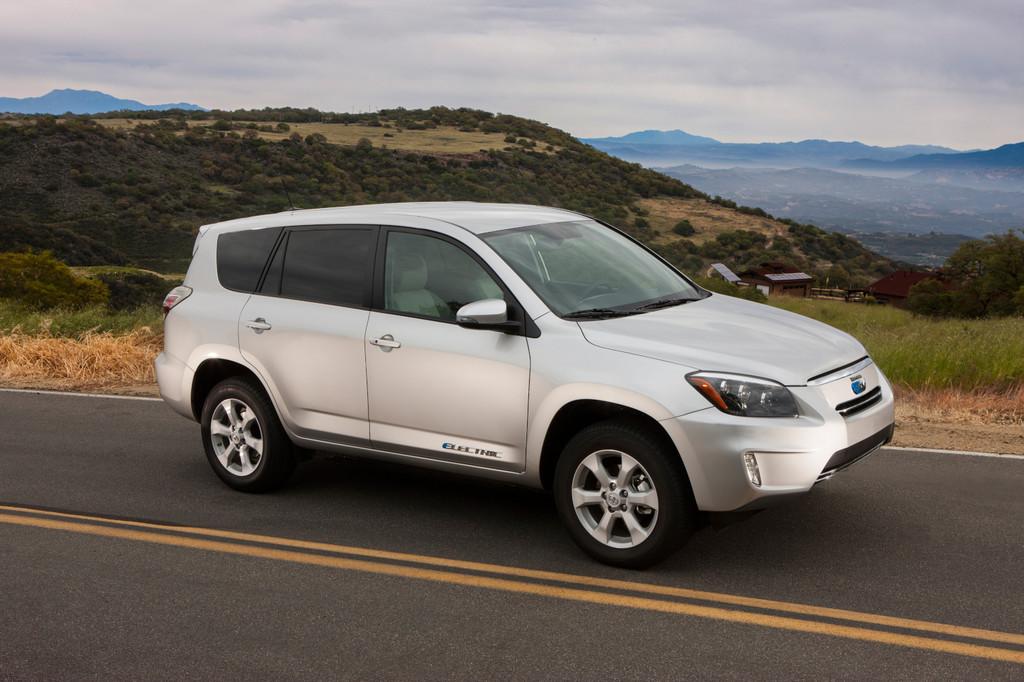 Toyota plant 21 neue Hybridmodelle bis 2015