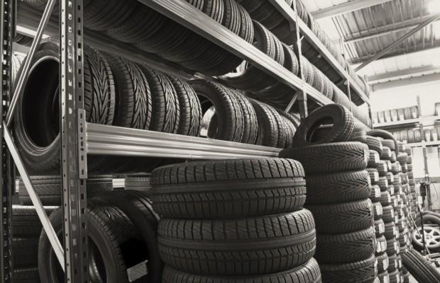 Urteil: Mangelhafte Reifen müssen nur ausgetauscht werden