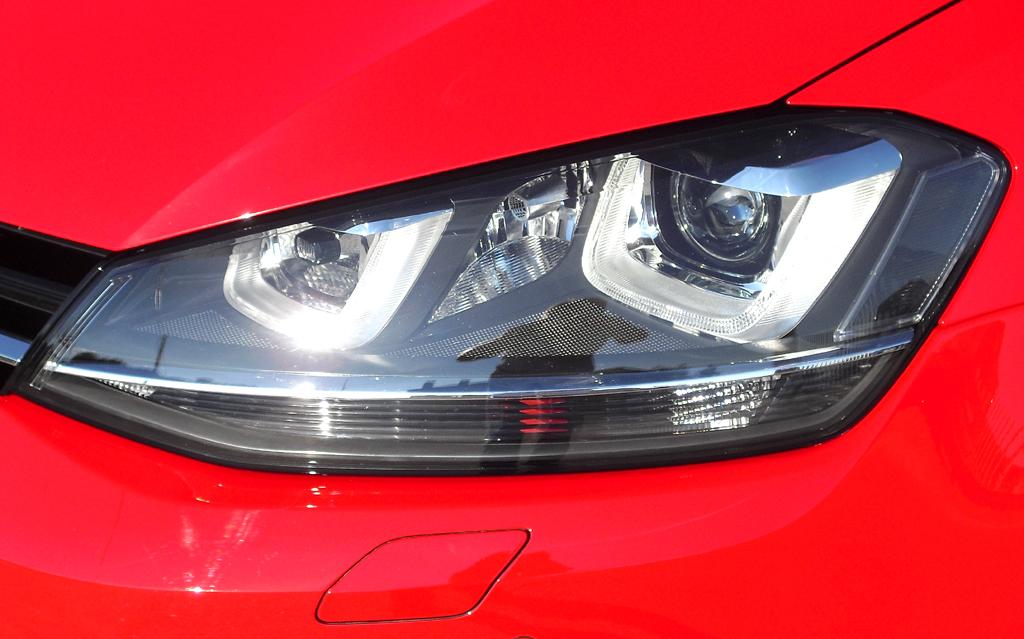 VW Golf: Moderne Leuchteinheit vorn.
