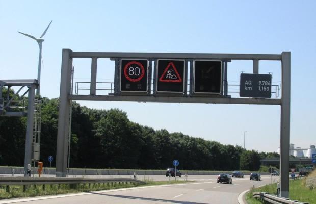 Verkehrszeichen: Dynamik erhöht Verkehrssicherheit