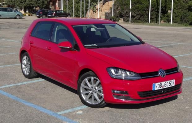Volkswagen zeigt den neuen Golf in der Autostadt