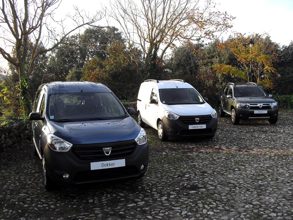 Aktuelle Dacia-Flotte mit (von links): Dokker, Dokker-Van, Duster sowie ...
