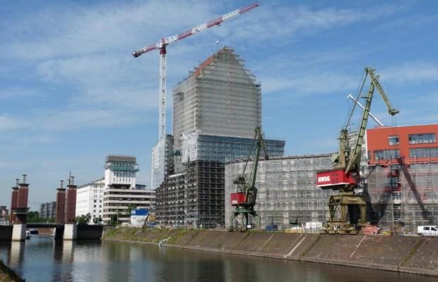 Audi geht in den Duisburger Hafen